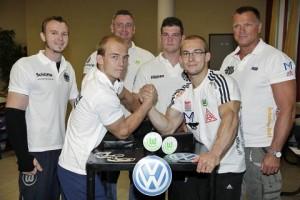 v. li.: Matthias Schlitte, Fabian Täger, Co-Trainer Dirk Schenker, Marvin Frank, Jan Täger und Coach Olaf Köppen