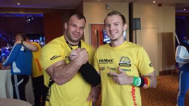 Nemiroff Worldcup Champion Denis Cyplenkov  und Hellboy
