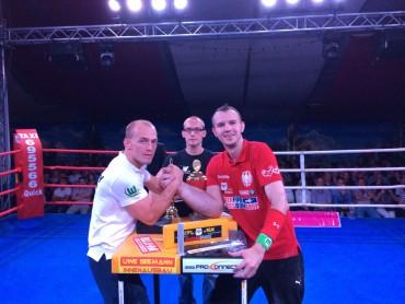 6. Eisleber Boxnacht: Täger und Schlitte trennen sich nach Spitzenduell unentschieden