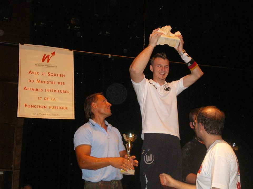 Foto von meinem ersten Sieg beim Großen Preis von Belgien… die Zeit fliegt